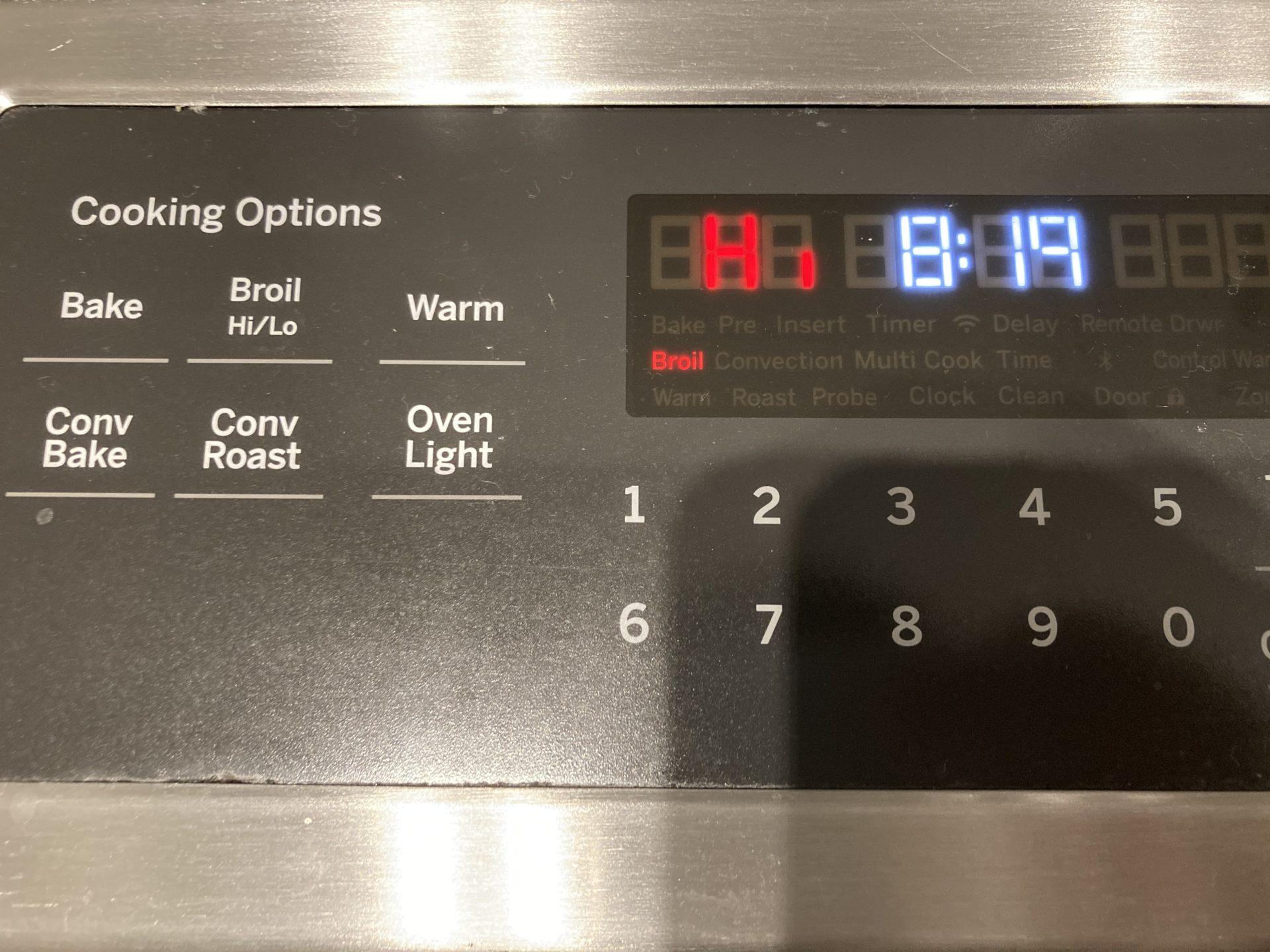 アメリカのオーブンで絶品スペアリブ!オーブンの使い方と料理手順を公開